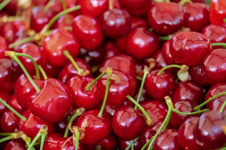 cherries-3433775_1920